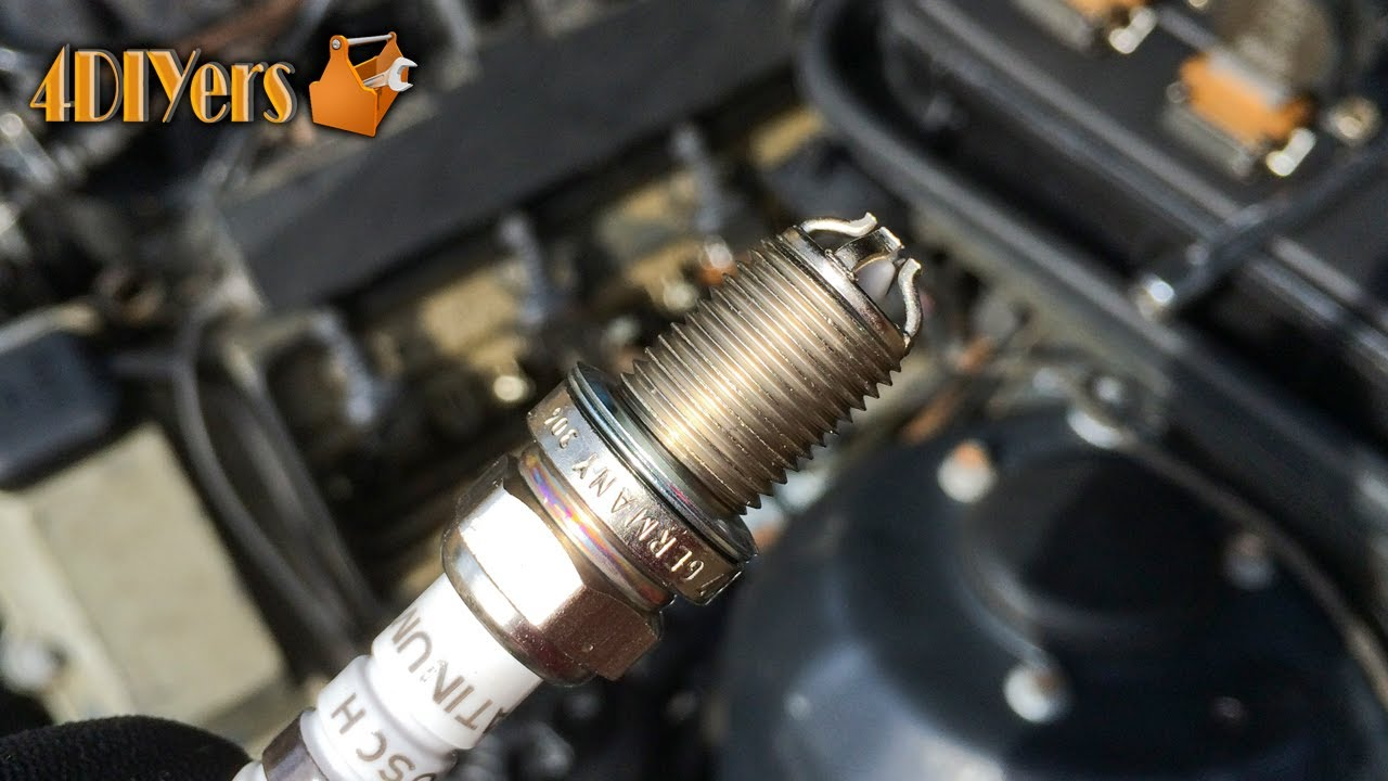 how to easily change spark plugs in your engine [ 1280 x 720 Pixel ]