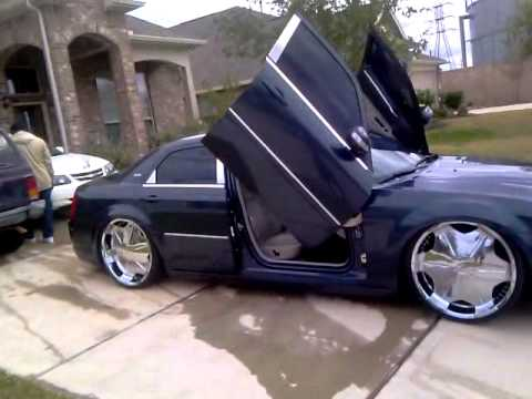 Pimped Out Chrysler 300 Impala And Cadillac Dts Youtube