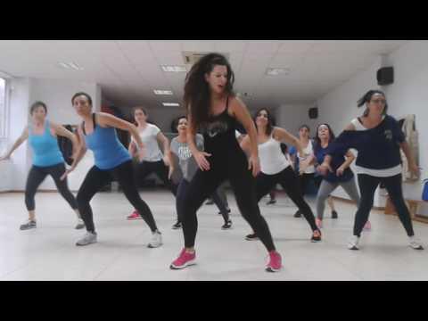 """TANIA ZUMBA """"Estrellita de madrugada coreografía creada by Tania canción by Daddy Jankiee ft Omega"""