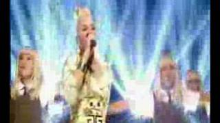 Gwen Stefani Wind it Up popworld