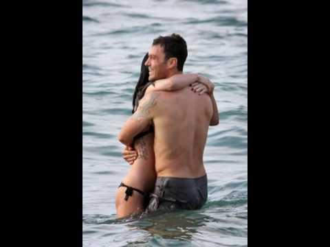 3439e10e97 Megan Fox hot in in Bikini pictures with boyfriend - YouTube