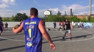 """Kherson Streetball Cup 2017"" 1/2 ""Бомбей"" - ""Киев Kings"""