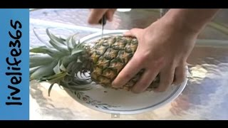 How to...Eat a Pineapple