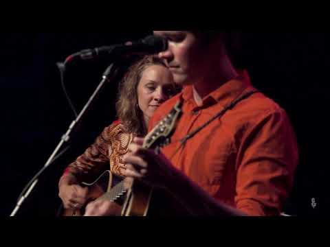 Mandolin Orange - My Blinded Heart (Live on eTown)