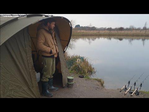 Winter Carp Fishing In York Q Lake
