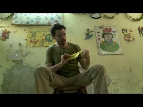 Johnathan does Magic for Children in an India Slum