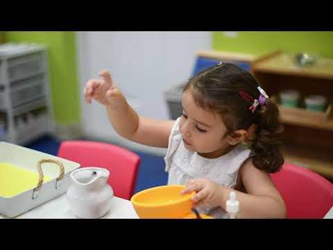 Mia Piccolo Montessori School - A Day at Casa dei Bambini Classroom