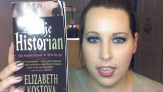 Book Review : The Historian by Elizabeth Kostova