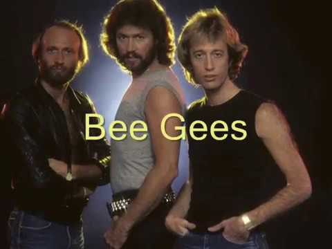 💘 Bee Gees Rings - Around The Moon (Tradução)