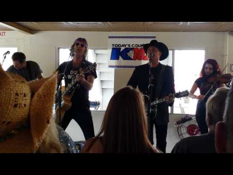 Big & Rich - Holy Water - K102 Country Cruise