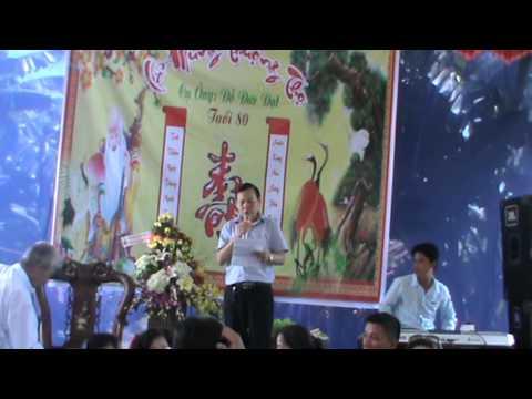 Dien van mung Ba thuong tho 80 tuoi