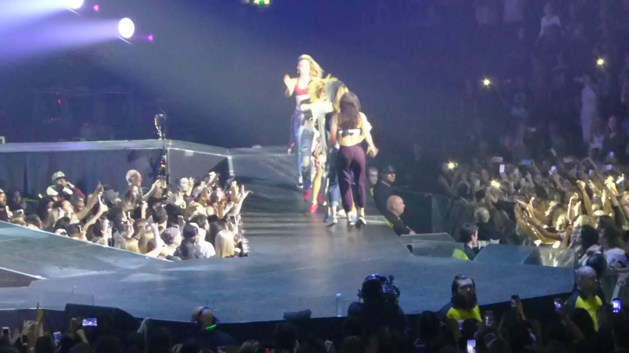Baby Justin Bieber Purpose Tour Manchester Arena 21/10/16 ...