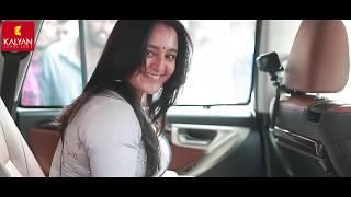 Kalyan Jewellers brand ambassador Manju Warrier makes surprise visit to Sithara & Ranjith's Wedding
