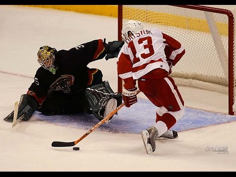 Best Dekes And Dangles In NHL History (HD)