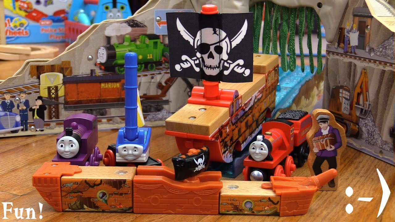 Pirate Cove Discovery Set Wooden Railway Set Playtime! Thomas, Skiff ...