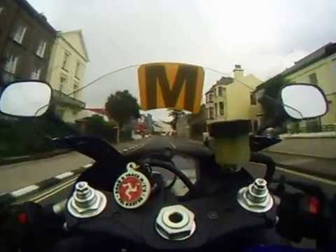 Isle of Man TT learning lap by Chief Travelling marshall Dick Cassidy on his R1 Yamaha (Full lap)