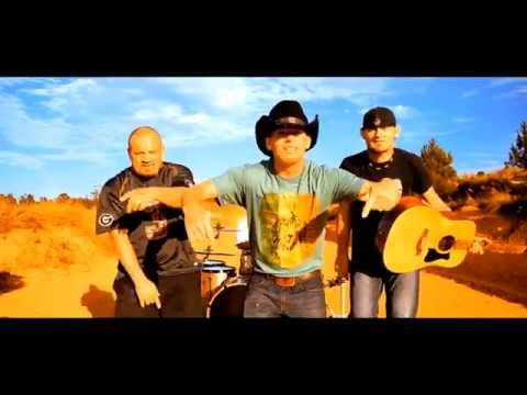 Dirt Road Therapy  LOOSE CANNON FT JON WAYNE
