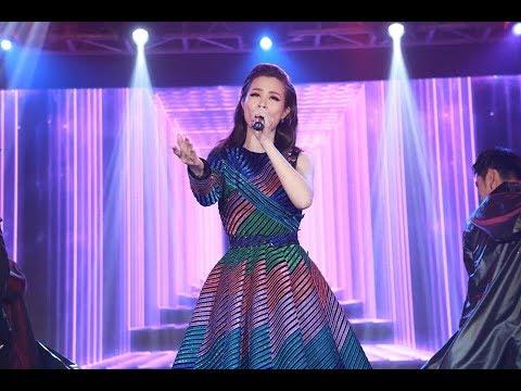 Đông Nhi thể hiện bản mashup đặc biệt 5 hit đình đám tại Keeng Young Award 2017 | HÓNG HỚT SHOWBIZ
