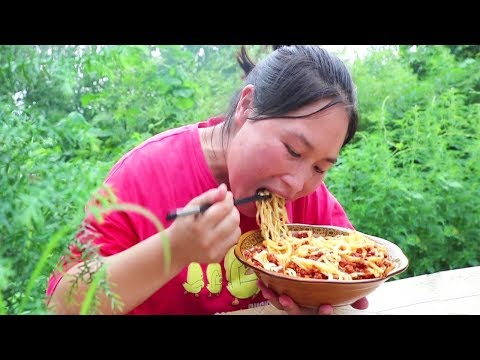 noodles-or-fried-noodles-are-the-most-fragrant,-fat-girls-eat-1-pot,-1-too-much!