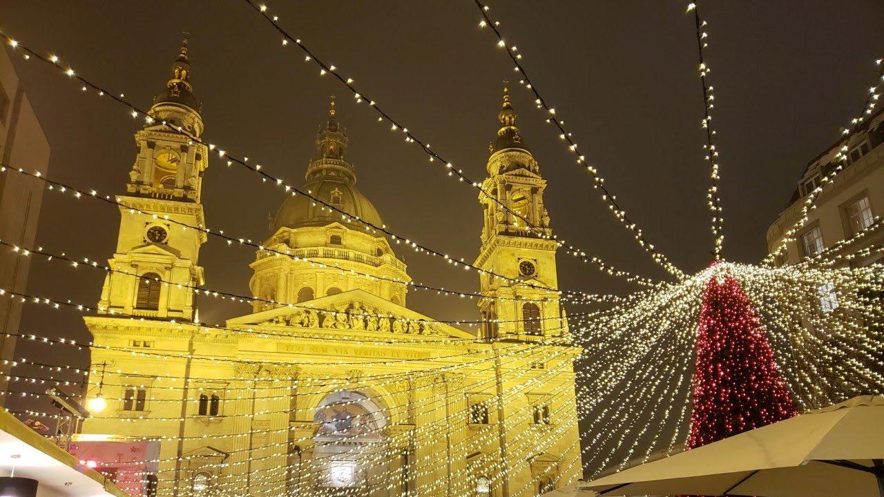 Budapest Christmas Market 2018.Budapest Christmas Market 2018 Hungary Vorosmarty Square St Stephen S Basilica