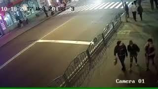 ДТП на Сумской. Видео с камеры наблюдения thumbnail