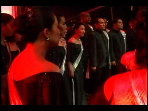 SMB Singing Ambassadors - San Miguel Group Choral Competition 2011 - A Christmas Carol