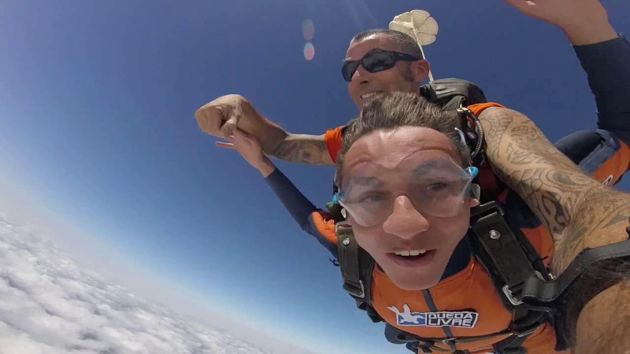Salto de Paraquedas do Gabriel S na Queda Livre Paraquedismo 14 01 2017