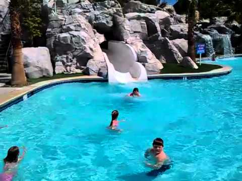 Pool At The Excalibur May 2011 Youtube