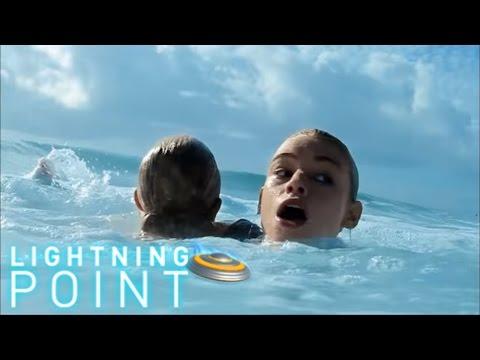 Lightning Point / Alien Surfgirls S1 E8: Risky Business