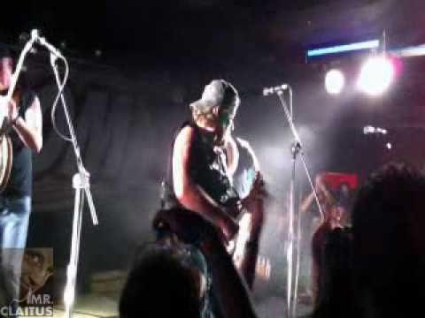 Клип Hayseed Dixie - Black Dog