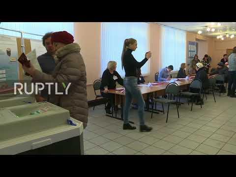 Russia: Muscovites cast