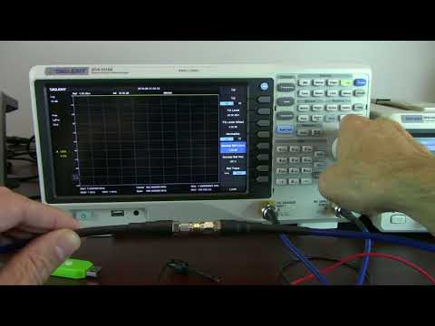 Amplifier gain verification with a spectrum analyzer and tracking generator