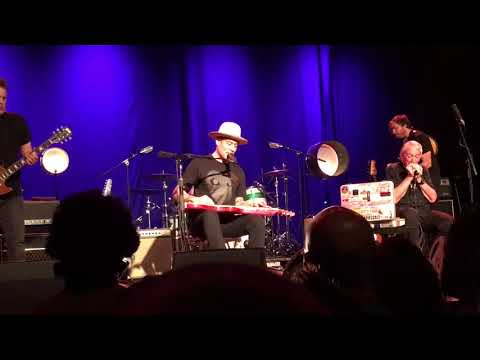 Ben Harper and Charlie Musselwhite - The bottle wins again - La Riviera Madrid 03.05.2018 -