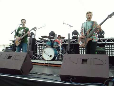 Sweet Child of Mine  @ Stortford Music Festival  Guns n Roses