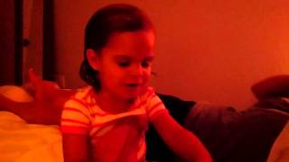 "Toddler Sings ""sloppy Joes"""