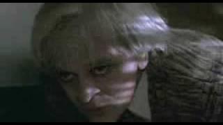 US-Trailer 'Crawlspace'