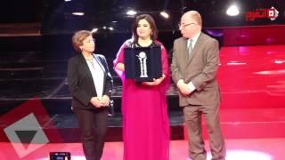 المخرجة الهندية «فرح خان» تفوز بجائزة فاتن حمامة (اتفرج)