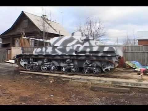 Пенсионер на танке | Восьмой Канал