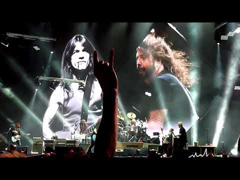 Foo Fighters Sydney 2018 - Let There Be Rock