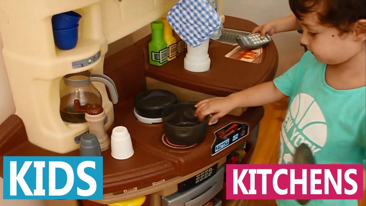 Toy Kitchens | Step 2 Master Chef Kitchen
