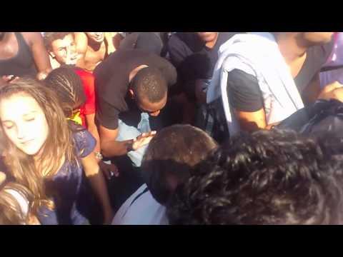 TECHNO PARADE 2012  !!!! tout le monde au sol !!!!!!!!!! [ REPUBLIQUE ]