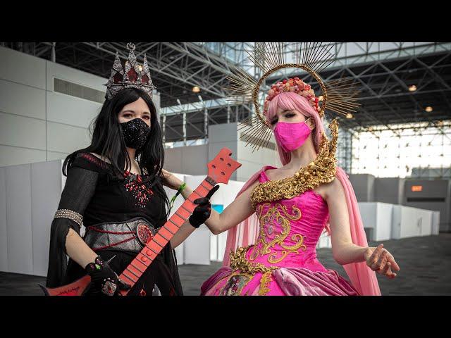 Amazing Princess Bubblegum and Marceline Cosplay!