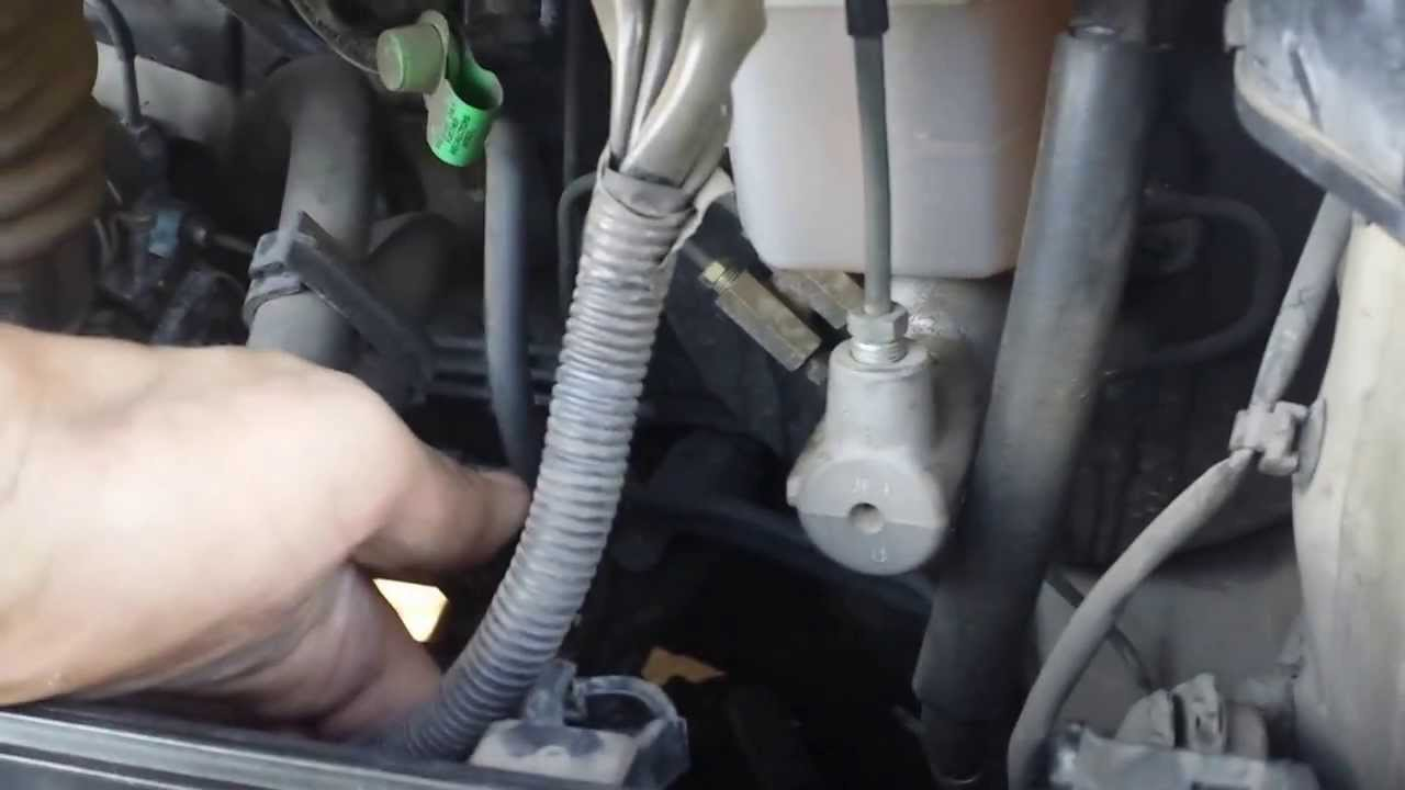 Cherokee Fuse Junction Box Location 02 Camry Alternator Fuse Replacement Youtube