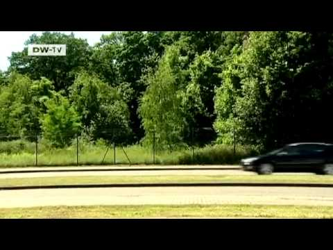 Compare it! Skoda Superb Combi - Peugeot 407 sw   drive it