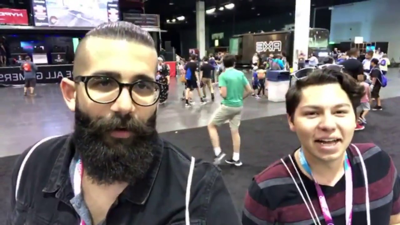 Live From Vidcon 2018