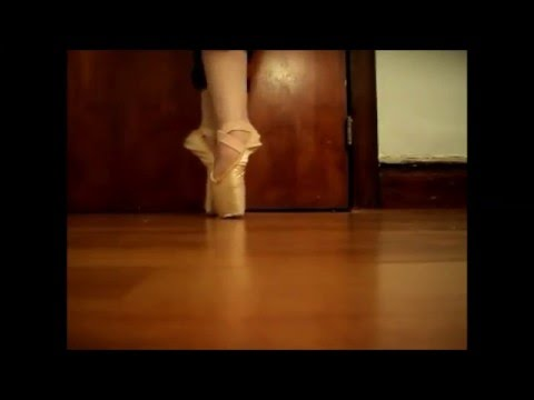 Amazon Pointe Shoe Review (Not a Sock Video)