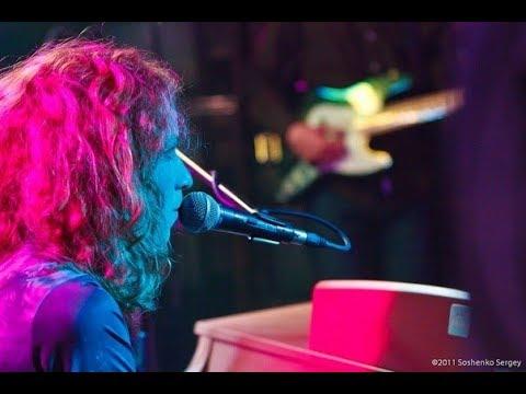 Music video Алина Орлова - Миллионы медленных лилий