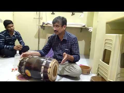 Sanjay Karandikar, Pune, India-Teaching Dholak, Dholki - Basics - Lesson 1(Music Classes In Pune)