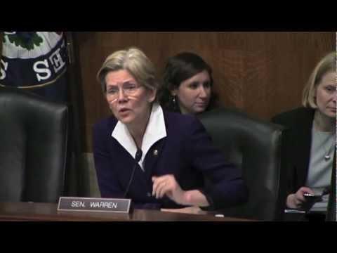 Senator Warren Pushes For Minimum Wage Increase