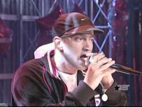 Eminem Cleaning out my closet   live 106 a park sarenzo 2002